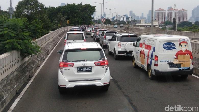 Warga Mengeluh TransJ Ragunan-Monas via Antasari Ditempuh 1,5 Jam