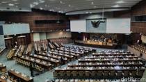 Tok! DPR Setujui 50 RUU Jadi Prolegnas 2018