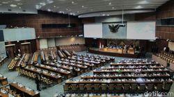 Paripurna Pelantikan Pimpinan Baru DPR, 346 Anggota Dewan Absen