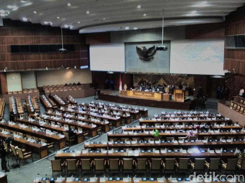Interupsi di Paripurna, Anggota DPR Kecam Aksi KKB di Papua