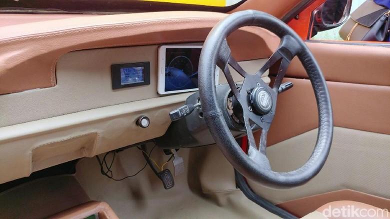 Mengintip Jeroan Mobil Listrik Buatan Bandung