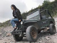 Miss International 2017 Kevin Liliana juga menjajal Jeep Willys