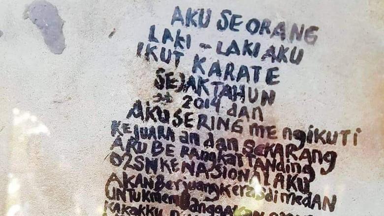 Raih Emas di Belgia, Bocah dari Siak Tulis Cita-citanya di Batu