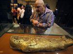 Terungkapnya Artefak Emas Firaun