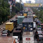 Truk Kelebihan Muatan, Biaya Rawat Jalan Bengkak Jadi Rp 46 T
