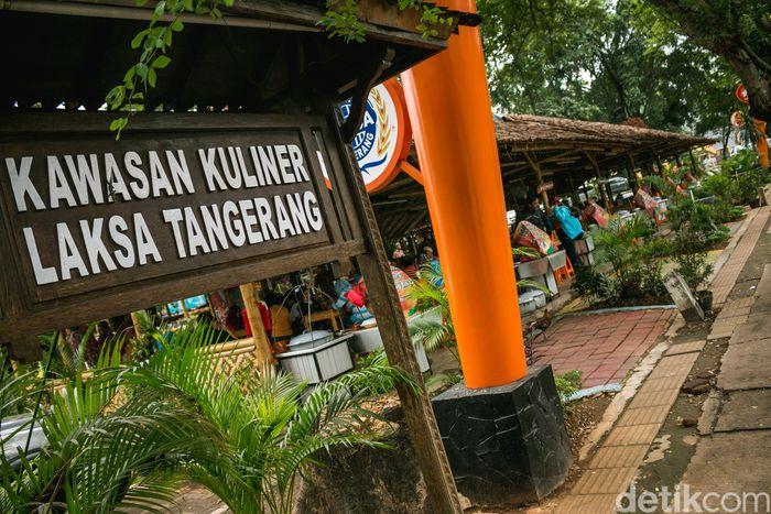 Kawasan ini berlokasi di seberang CFC Cikokol, tepatnya Jl. Muhammad Yamin, Kel. Babakan, Kec. Tangerang.