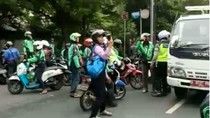 Tak Terima Ditertibkan, Driver Ojek Online Pukuli Dishub di Jakpus