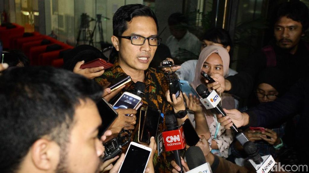 Novanto Sudah Bangun, Masih Diperiksa Dokter KPK-RS Medika