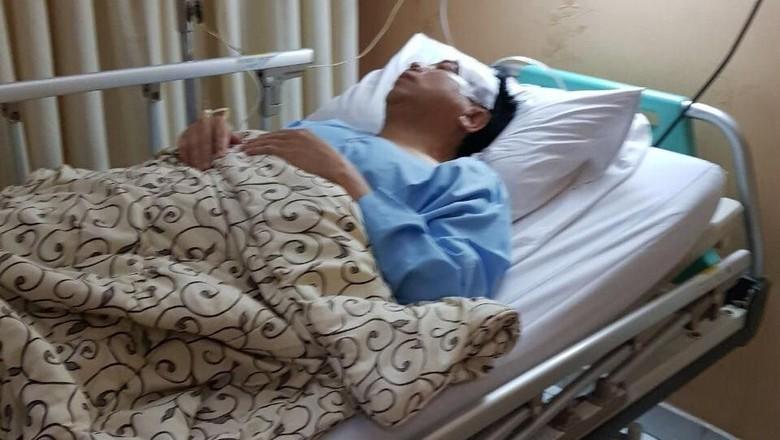 Beredar Foto Novanto Diperban Pasca Kecelakaan, Ini Penampakannya