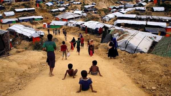 Kuburan Massal yang Ditemukan di Desa Rohingya Berisi 10 Jasad