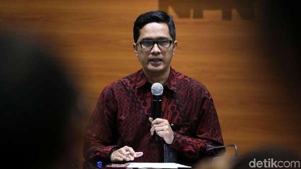KPK Minta Fredrich Tak Jadikan Sidang Etik Alasan Tunda Pemeriksaan