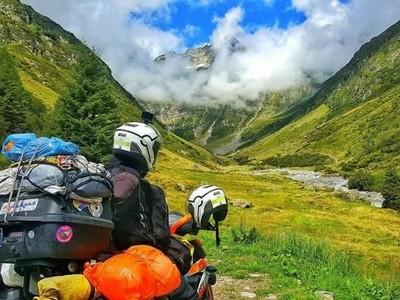 Foto: Traveling dari Malaysia Sampai Eropa Naik Sepeda Motor