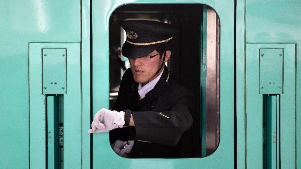 Minta Maaf Berangkat Lebih Awal, Netizen Puji Kereta di Jepang