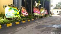 Masih Ada Karangan Bunga Selamat Ultah untuk Novanto di DPP Golkar