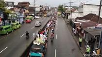 Massa Buruh Geruduk Kantor Bupati Semarang