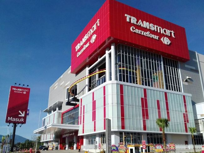 MEGA Transmart Carrefour Resmi Dibuka di Grand Kawanua Manado