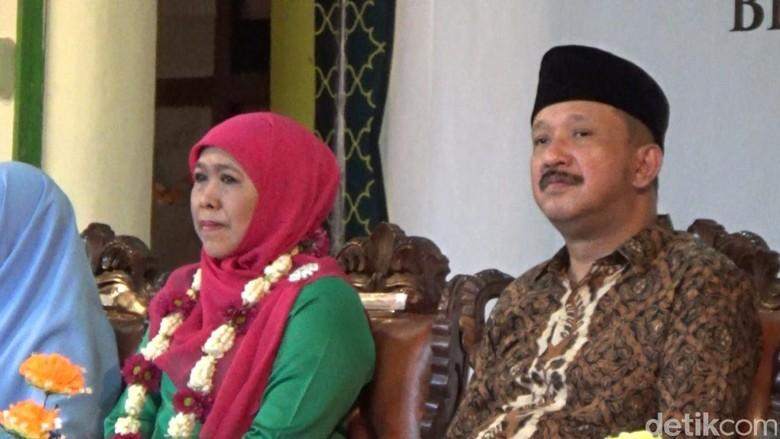NasDem Desak Khofifah Pilih Ipong - Surabaya Tampaknya Partai NasDem sudah tidak Khofifah Indar Parawansa ditekan untuk segera memilih Bupati Ponorogo Ipong Muchlissoni sebagai