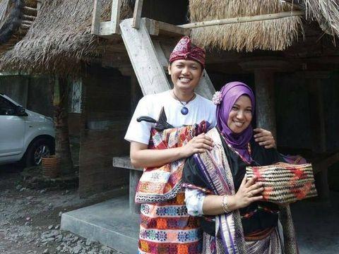 Arief dan istrinya. Pasangan ini telah menjalin rumah tangga selama 6 tahun.
