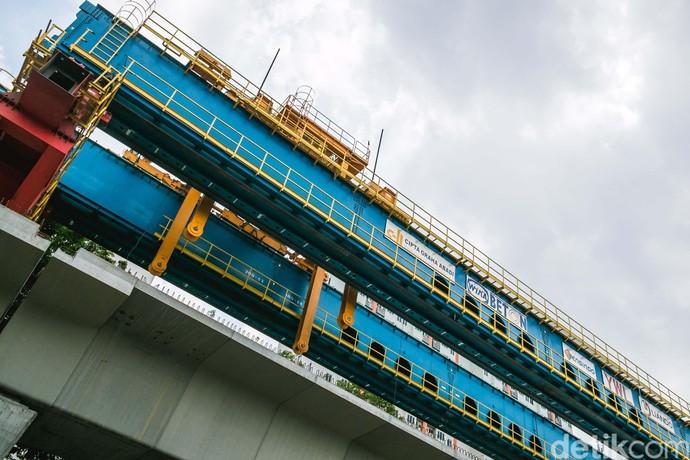 Konstruksi LRT Kelapa Gading-Velodrome Sudah 43%