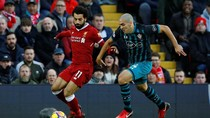 Dua Gol Salah Bawa Liverpool Memimpin atas Soton