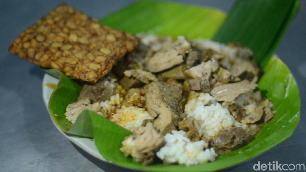 Yang Enak dari Pati, Nasi Gandul sampai Soto Ayam Kemiri!