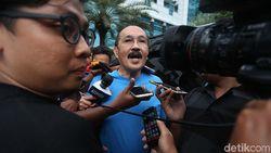 Pengacara Novanto Polisikan Mahfud MD dan 25 Penyidik KPK
