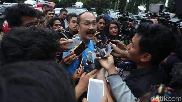 Soal Keamanan Mobil, Pengacara Novanto Bandingkan dengan Putri Diana
