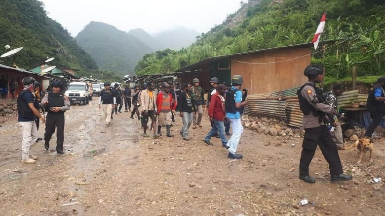 Warga Sandera di Papua Cerita Kekejaman KKB