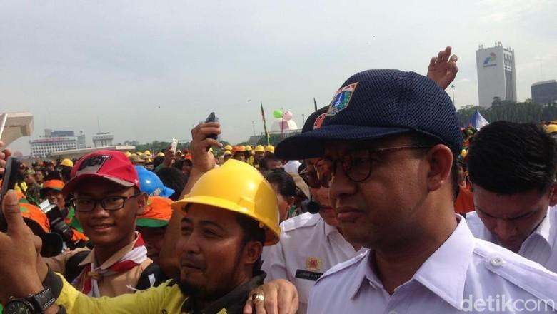 Soal Revisi Pergub Anies Siapkan - Jakarta Gubernur DKI Jakarta Anies Baswedan akan segera merevisi peraturan gubernur mengenai penggunaan Monas terbuka untuk kegiatan kesenian