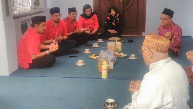 Di Depan Kader PDIP Pasuruan, Anas Ingatkan Kampanye Gembira