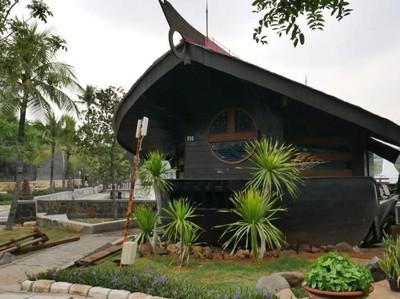 Tempat Menginap Asyik di Utara Jakarta