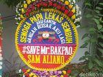 Karangan Bunga Bernada Satire Kembali Dikirim untuk Novanto