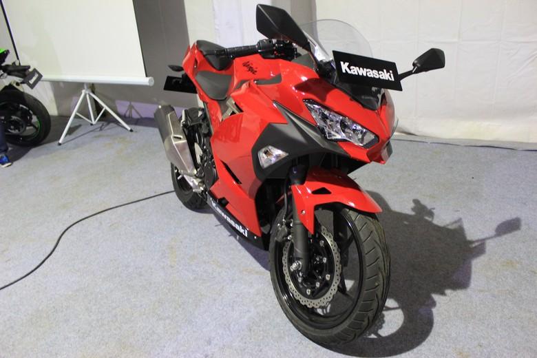 Kawasaki Ninja Anyar Sudah Terpesan 1.200 Unit