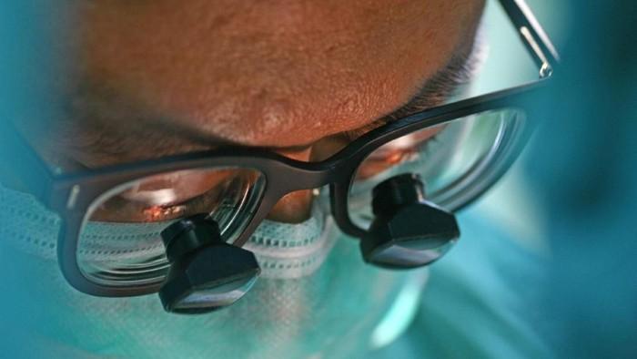 Klaim mengejutkan datang dari seorang ilmuwan Italia. Menurutnya, transplantasi atau cangkok kepala yang pertama kali di dunia akan terwujud sebentar lagi. Foto: ilustrasi/thinkstock