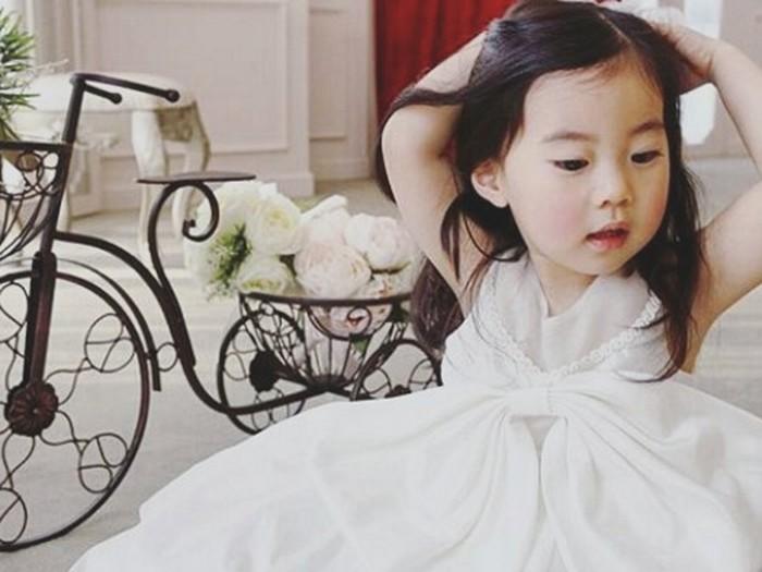 Ini Yebin, Bintang YouTube Cilik Asal Korsel yang Nggemesin Banget