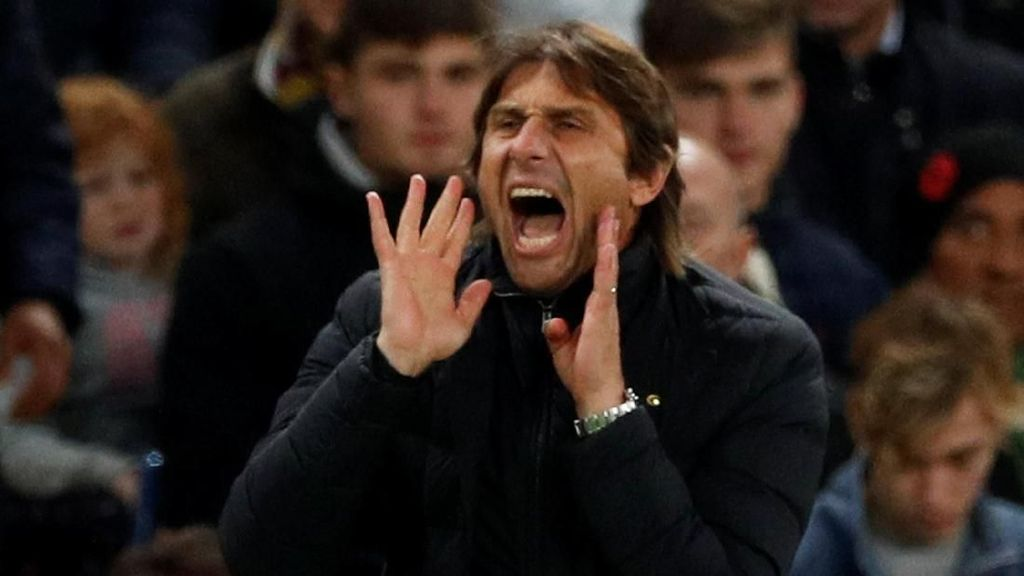 Conte: Jadwal Chelsea Tidak Wajar