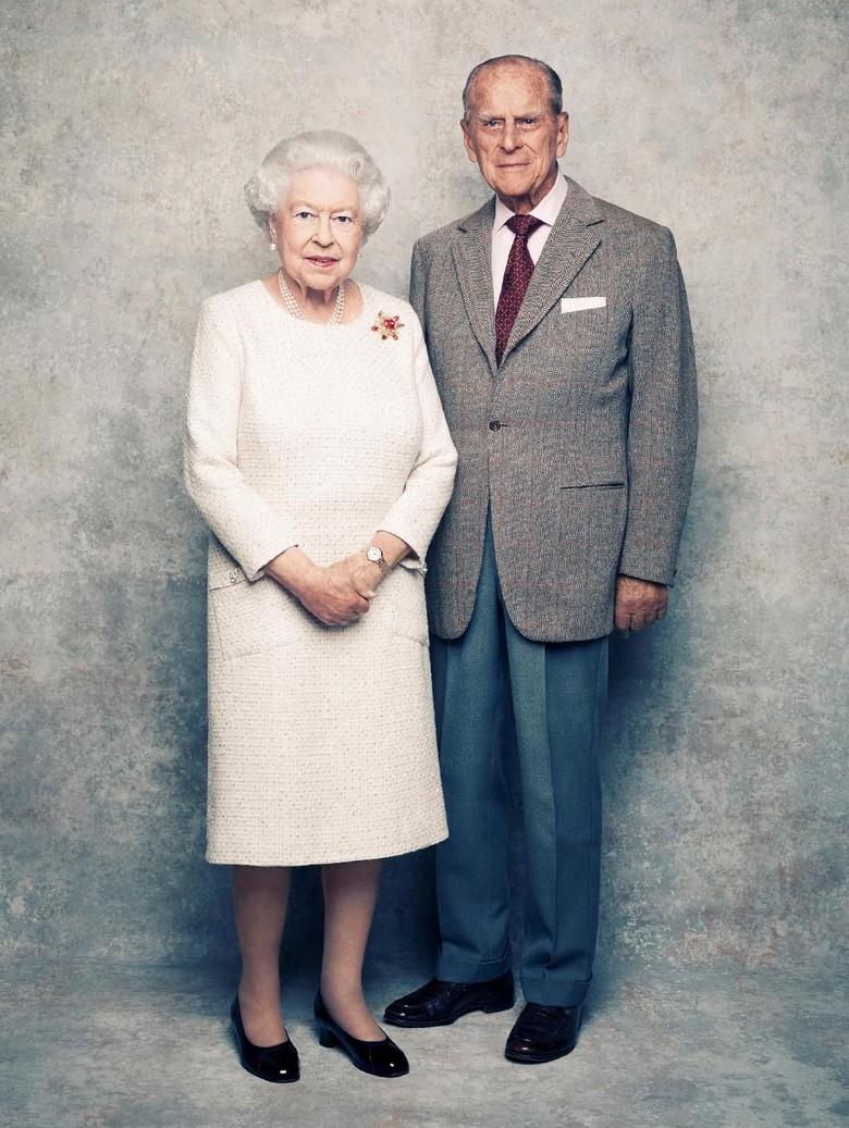 70 Tahun Pernikahan Ratu Inggris, Lonceng Gereja Berbunyi 5.070 Kali