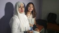 Sarita Tak Mau Ungkit Kronologi Perselingkuhan Suami dengan Jennifer Dunn