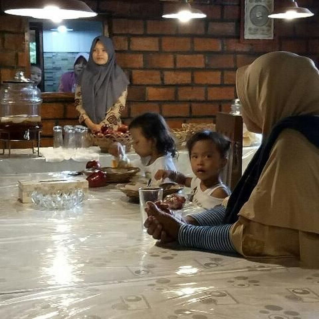 Beri Makan Gratis, Restoran Fakir dan Miskin Gunakan Bahan Terbaik