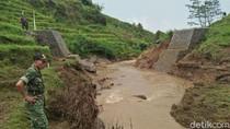 DAM Baru Senilai Rp 291 Juta di Trenggalek Jebol Diterjang Banjir