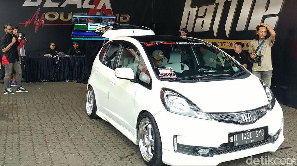 130 Mobil Adu Kece di Bandung