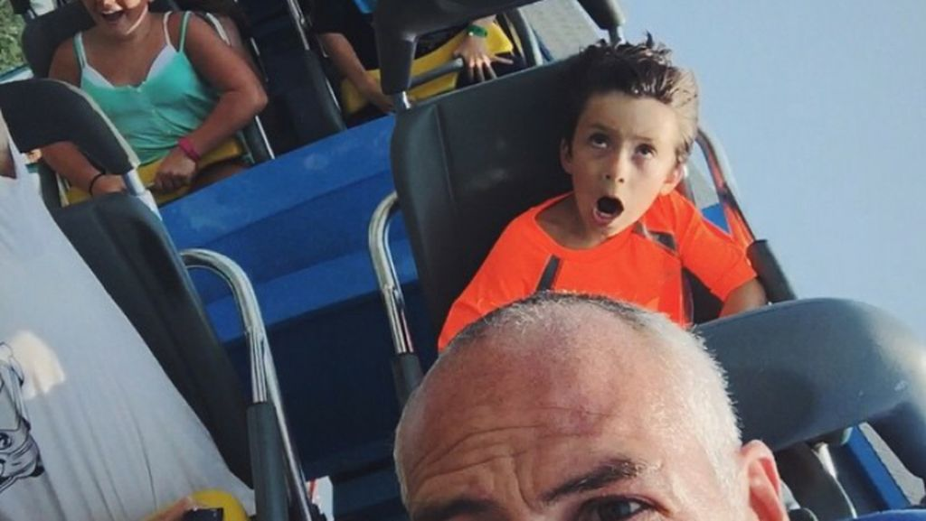 Beragam Ekspresi Kocak saat si Kecil Naik Roller Coaster