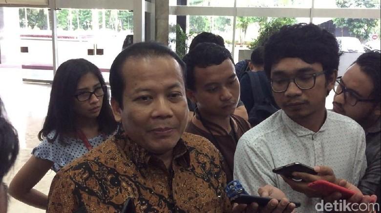 Pimpinan Rapat Bahas Plt Ketua DPR Pengganti Novanto Pekan Depan