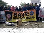 Tolak Qomar Mundur dari Rektor, Mahasiswa UMUS Brebes Gelar Aksi