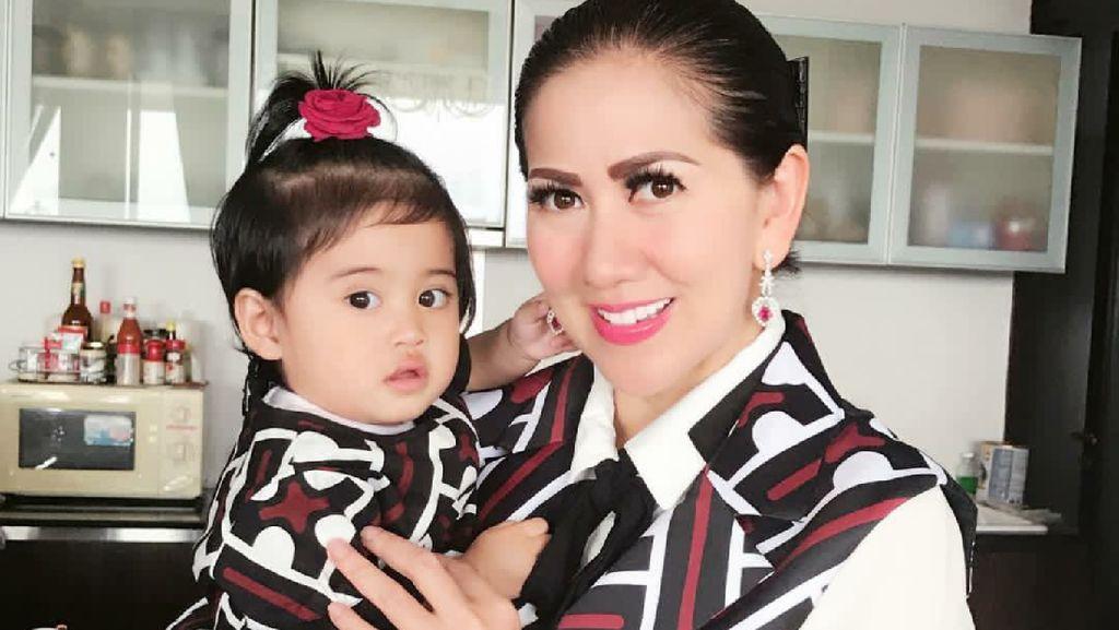 Cerita Venna Melinda Merawat Putri Angkatnya yang Punya Alergi