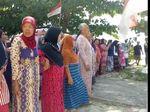 Ibu-ibu Terluka Akibat Ricuh Pemasangan Pelang di Pulau Pari