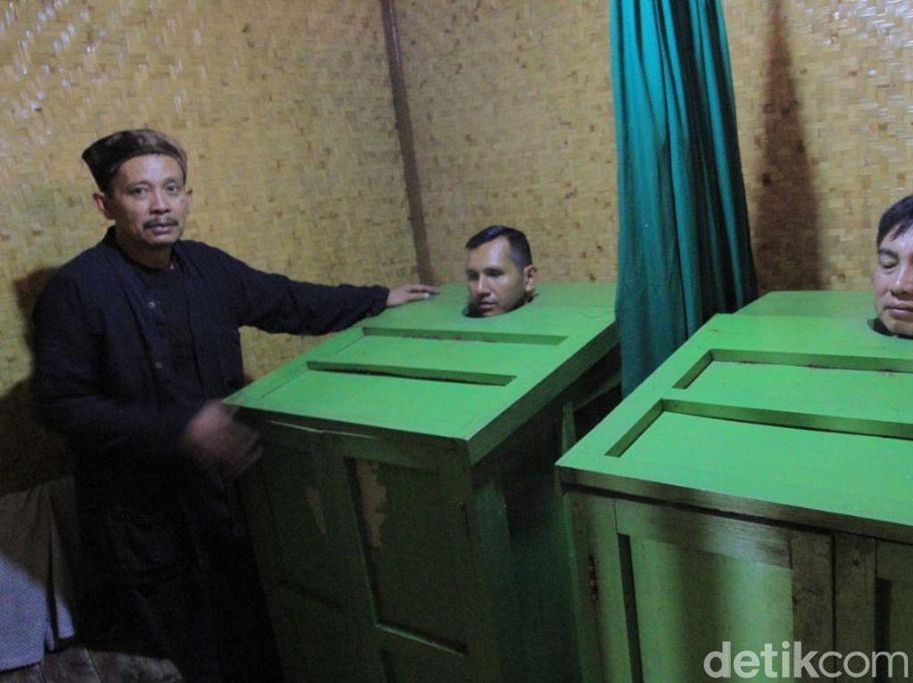 Foto: Terapi Sauna Leuhang Khas Sunda