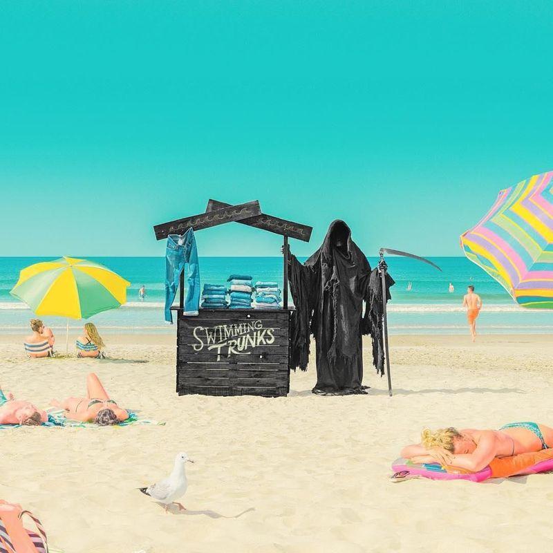 Grim Reaper dikenal dengan malaikat kematian, atau pencabut nyawa. Tapi, saat ini ia berada di beberapa pantai Selandia Baru, bernama 'Swim Reaper (iamtheswimreaper/Instagram)