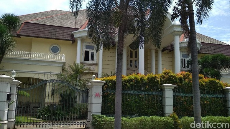 Novanto Punya 4 Rumah Nempel di Pondok Indah, Berapa Harganya?