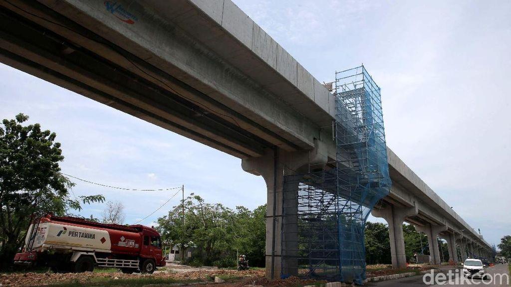 Pemasangan Rel Sudah 50%, LRT Palembang Beroperasi Juni 2018